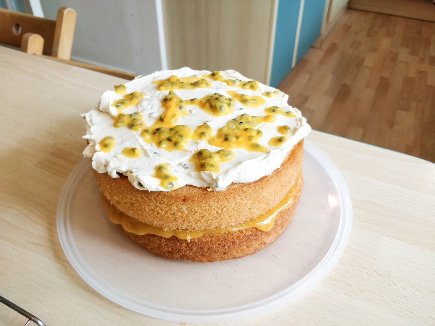 The passion fruit and orange cake